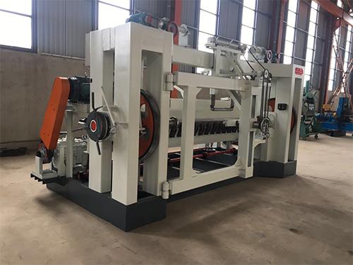 旋切机价格行情-报价合理的临沂旋切机-建利机械倾力推荐