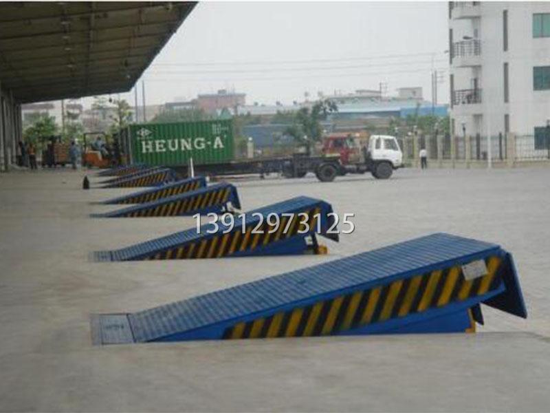 供应固定式登车桥价格-好用的登车桥,南京苏顺升降设备倾力推荐