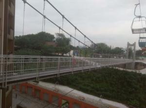 优良的吊桥就在获嘉豫龙腾飞游乐设施厂_景区吊桥公司