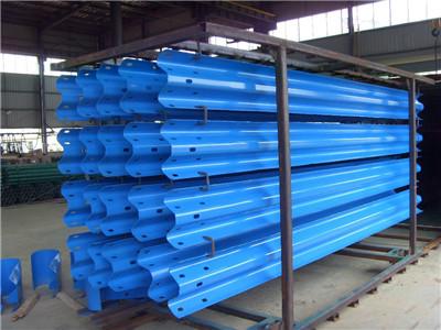 品牌好的波形护栏板供货商——波形护栏板代理加盟