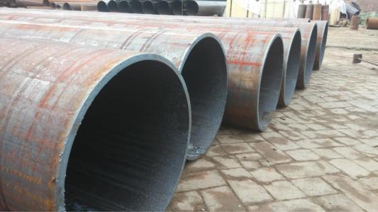 四川大口径厚壁钢管|有信誉度的大口径厚壁钢管提供商,当选钢兴钢管