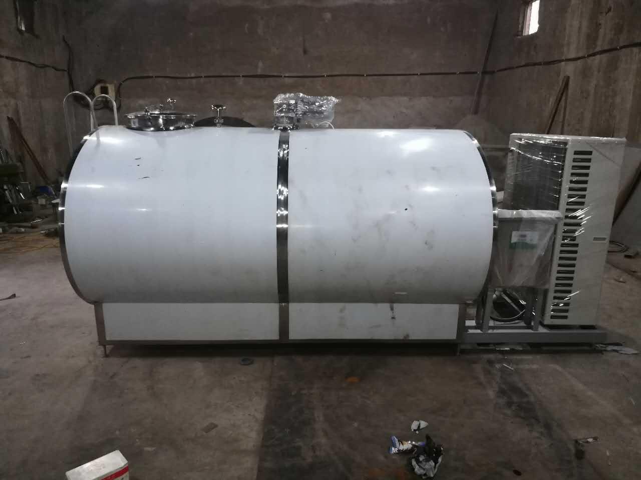 燕滔机械提供有品质的YTG-3T直冷式奶罐,西藏牛奶保鲜罐