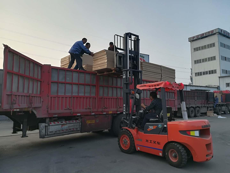 大量供應價位合理的電熱板|山東電熱板生產廠家