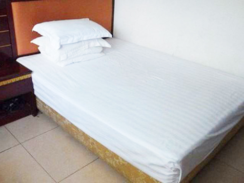 道�蛩饺硕ㄗ龃驳�_信誉好的私人定制床垫供货商
