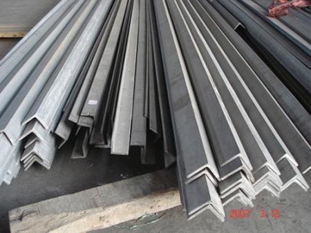 角钢价格如何-龙8国际手机版角钢厂家 价格优惠值得信赖