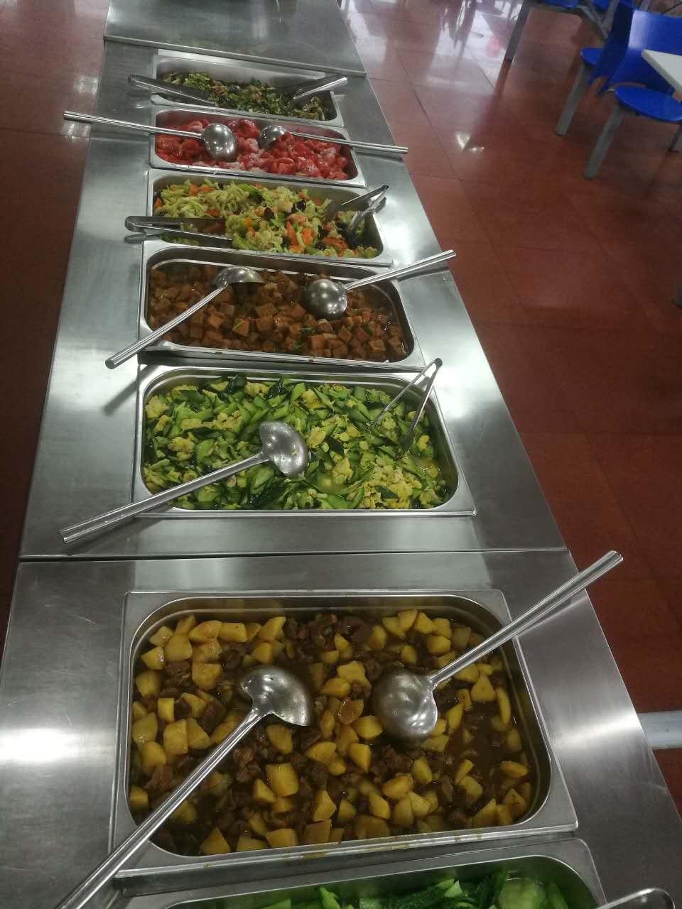 专业的食堂承包和齐利餐饮管理提供,价钱实惠食堂承包商家