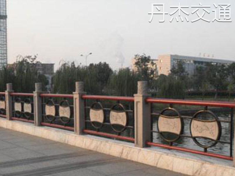 桥梁护栏厂家就找常州丹杰交通_北京桥梁护栏生产厂家
