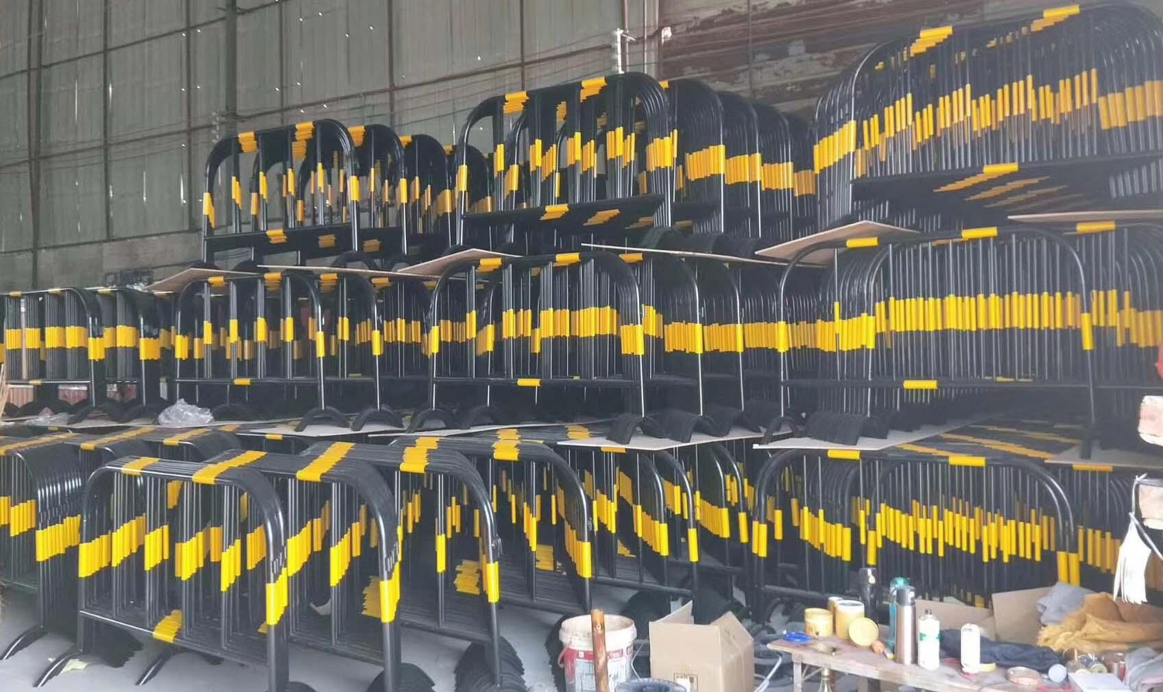 百色铁马护栏厂家-大量供应高性价广西铁马护栏