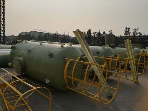 玻璃钢储罐选新意复合材料|北京玻璃钢水箱