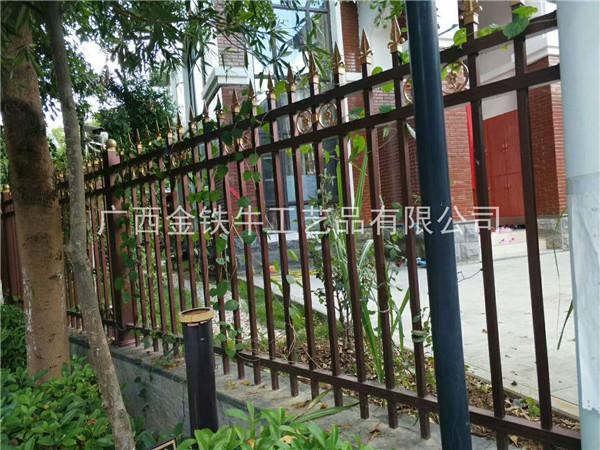 南宁铁艺围栏专业制作-哪家的阳台栏杆质量好