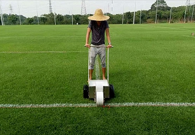 想要优良的天然草坪足球场翻新就找广州星卫草业-人造草足球场设计