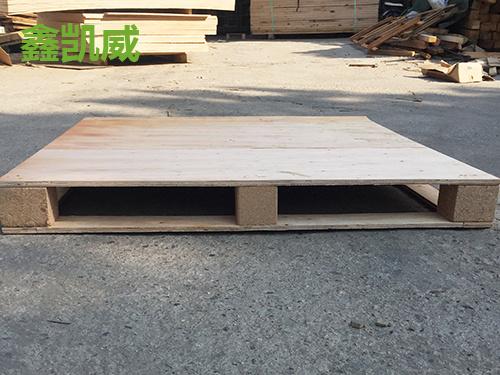 东莞塑料卡板价格-买免检卡板认准鑫凯威木制品厂