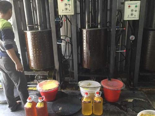 沈阳榨油机-如意机械加工厂出售液压榨油机