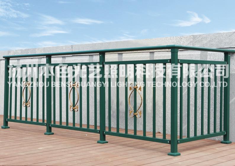 停车场护栏-长期供应护栏