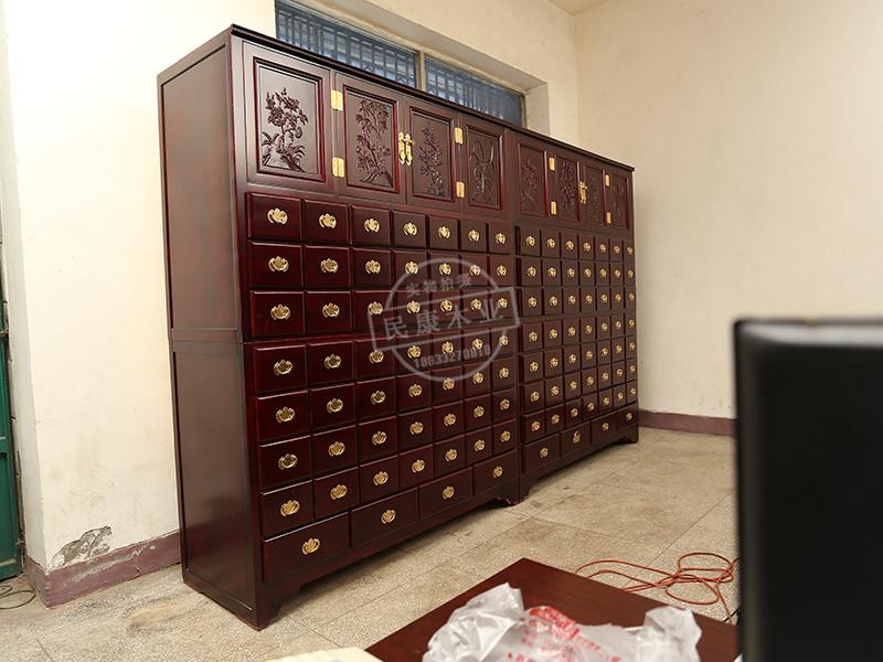 北京水曲柳中药柜-保定哪里有供应耐用的水曲柳中药柜