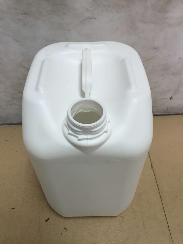 厂家供应10L白色塑料桶 物超所值的10升白色食品级塑料桶出售