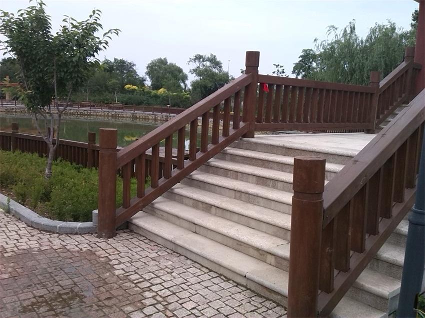 新款防腐木护栏昌富亿达钢木结构供应-钢木结构