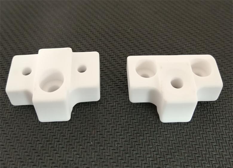 顺达电子陶瓷提供新款电熨斗用陶瓷系列 保险管