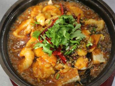 河南华百盛餐饮专业提供郑州啵啵鱼制作培训|专业的啵啵鱼加盟