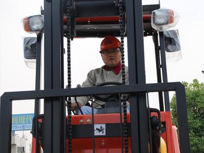 萍乡3吨叉车,性价比高的3吨叉车在哪有卖