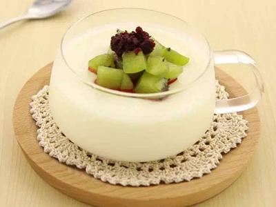 酸奶制作培训学校就选河南华百盛餐饮培训学校