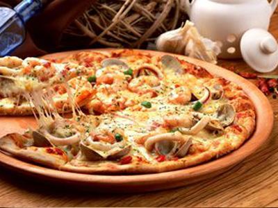 河南华百盛餐饮专业提供郑州披萨制作技术培训-郑州披萨加盟中心