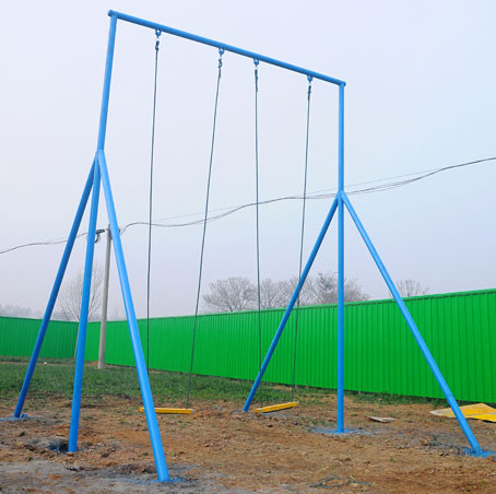 厂家直销的儿童游乐设备,选购体能乐园大秋千就找飞奔游乐设备