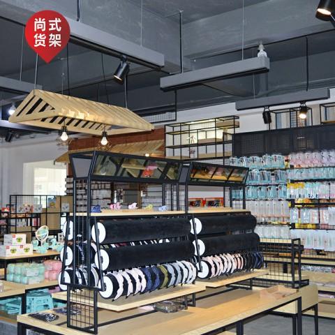 饰典货架低价甩卖――供应广东专业的饰品货架