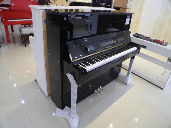 钢琴价位_满意的钢琴出售