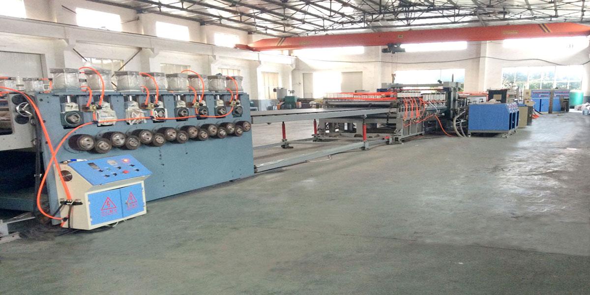新型塑料建筑模板设备-供应山东优良的塑料建筑模板设备