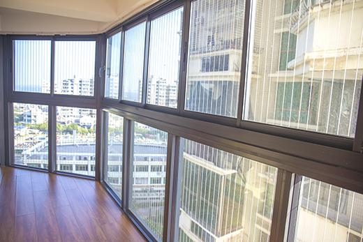 【厂家直销】厦门品质好的枫景气密阳台窗,耐用的气密窗加盟