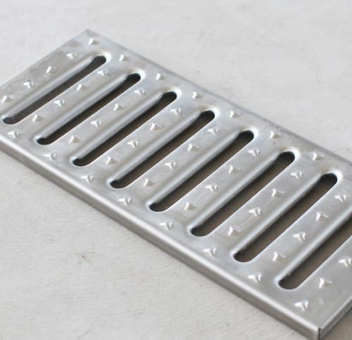大连地沟盖板-辽宁有品质的沈阳不锈钢盖板生产厂家推荐