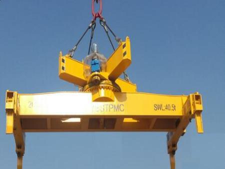 买好的吊钩式旋转不伸缩20ft集装箱吊具当然是到博斯特吊具公司了-集装箱不伸缩旋转吊具厂家
