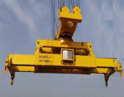 专业的滑轮式旋转伸缩集装箱吊具当选河南豫中起重集团——河北旋转滑轮式吊具