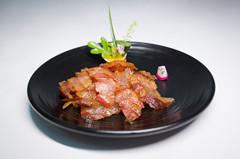 陆宝食品-有口皆碑的陆宝陆川土猪腊肠260g公司——广西陆川土猪