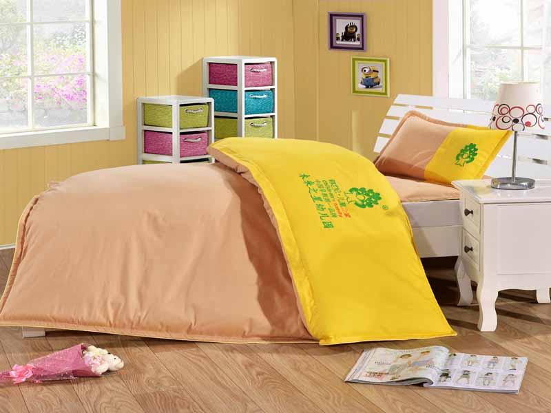 河南兒童床上用品批發-大量供應出售質量好的幼兒園被子六件套