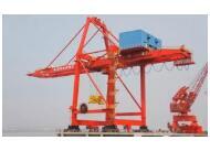 码头门座式起重机-博斯特吊具公司提供专业的集装箱门式起重机