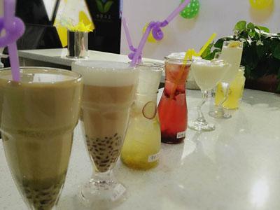 郑州饮品技术培训平台|河南口碑好的华百盛茶饮技术学习公司