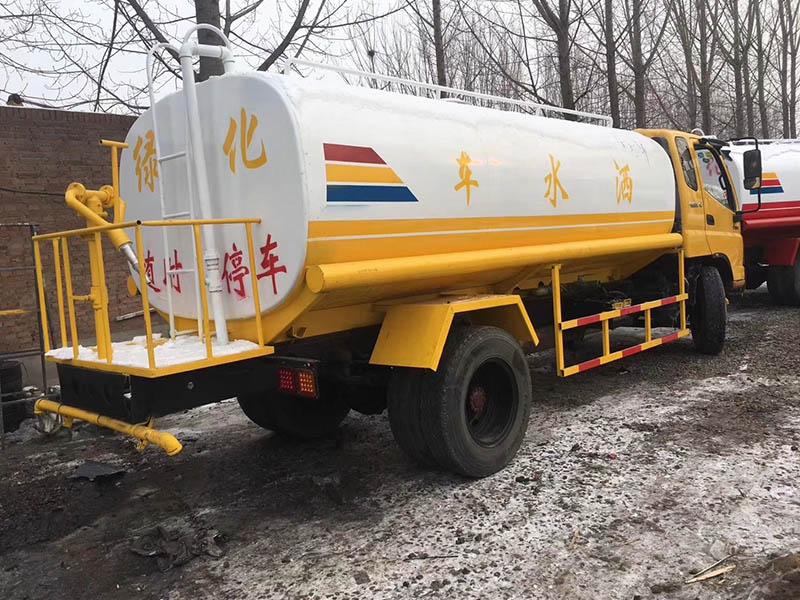 保定洒水车选艾特汽配_价格优惠-工程洒水车生产厂家