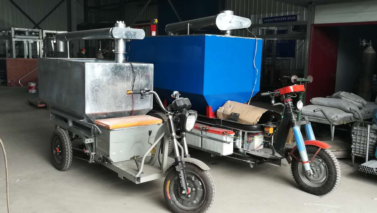 具有口碑的养殖场自动上料车供应商_利民养殖设备-选择上料车