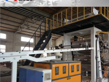 青岛哪里有好的pvc石塑地板生产设备——SPC地板生产线