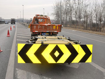 苏州哪家生产的车载式防撞垫更好 防撞垫多少钱