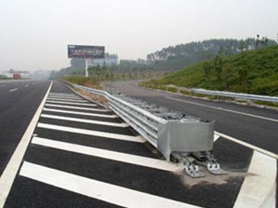 吸能式三角端防撞垫-TS级厂家-苏州哪里有供应口碑好的三角端防撞垫