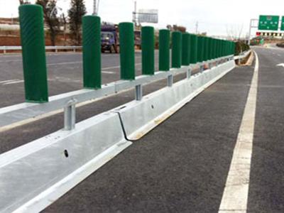 梯形高性能移动护栏-哪里有销售质量好的梯形高性能移动护栏