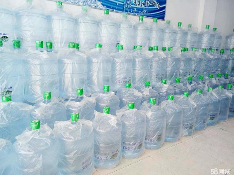 宁夏纯净水-信誉好的银川纯净水供应商_宁夏海迪伦饮品