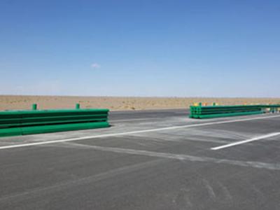 组合式波形梁板活动式钢护栏生产厂家-供应质量好的组合式波形梁板活动式钢护栏-AM级