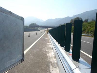 苏州组合式波形梁板活动式钢护栏-AM级价格_哪里能买到便宜的组合式波形梁板活动式钢护栏-AM级