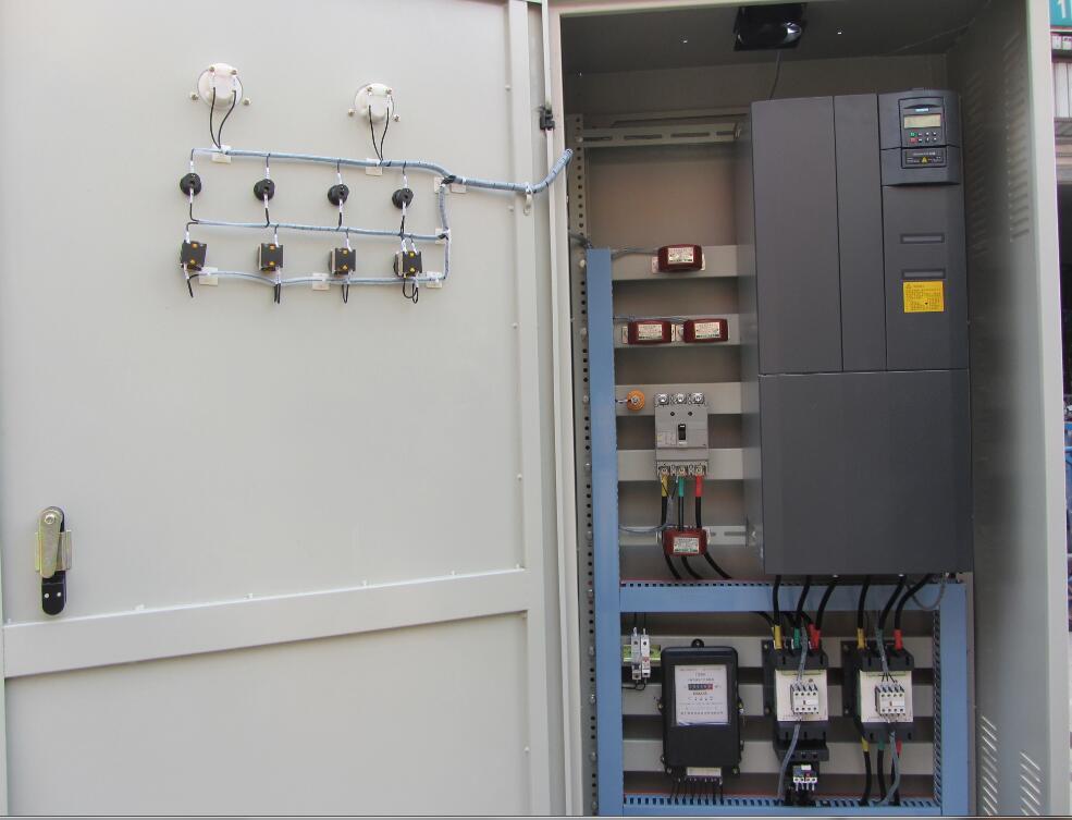 臨沂變頻柜哪家好-買有品質的西林變頻器-就選攜君電氣設備