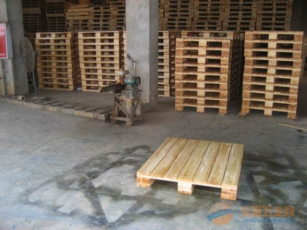 供应成都木托盘-哪里买销量好的木托盘