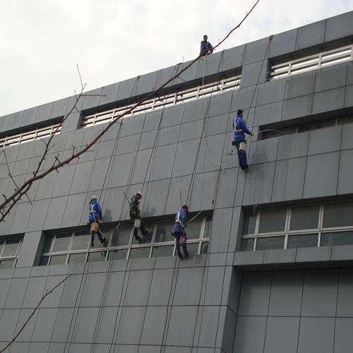 大朗外墙清洗公司-有保障的外墙清洗就在东申地坪